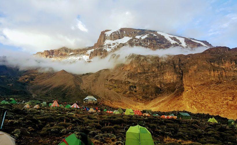 kilimanjaro-2412546_960_720 (1)